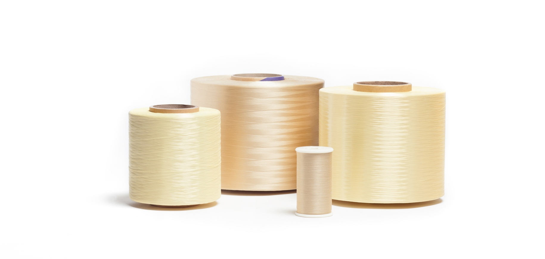 Fire retardant yarn and thread
