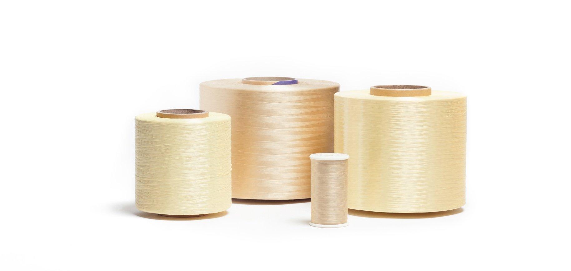 Fire retardant yarn and thread